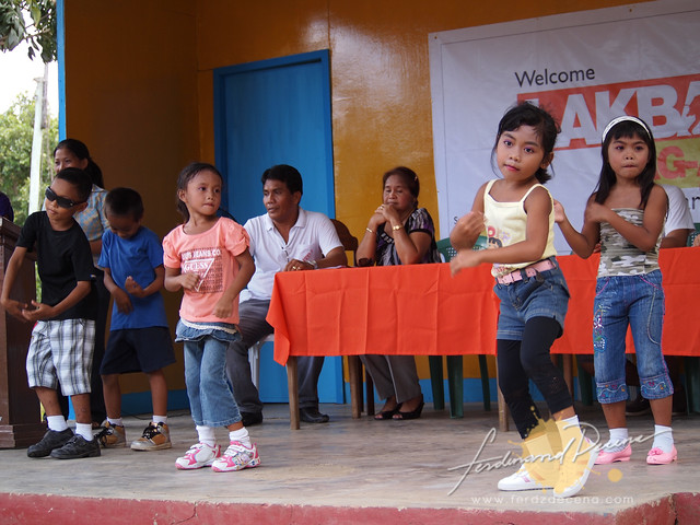 Kids doing intermision dance numbers