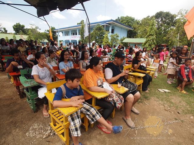 The participants at Mangingisda school